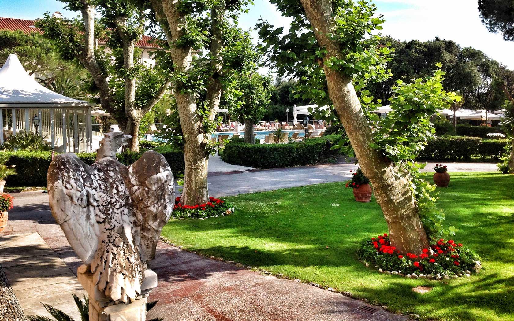 hotel with park Versilia
