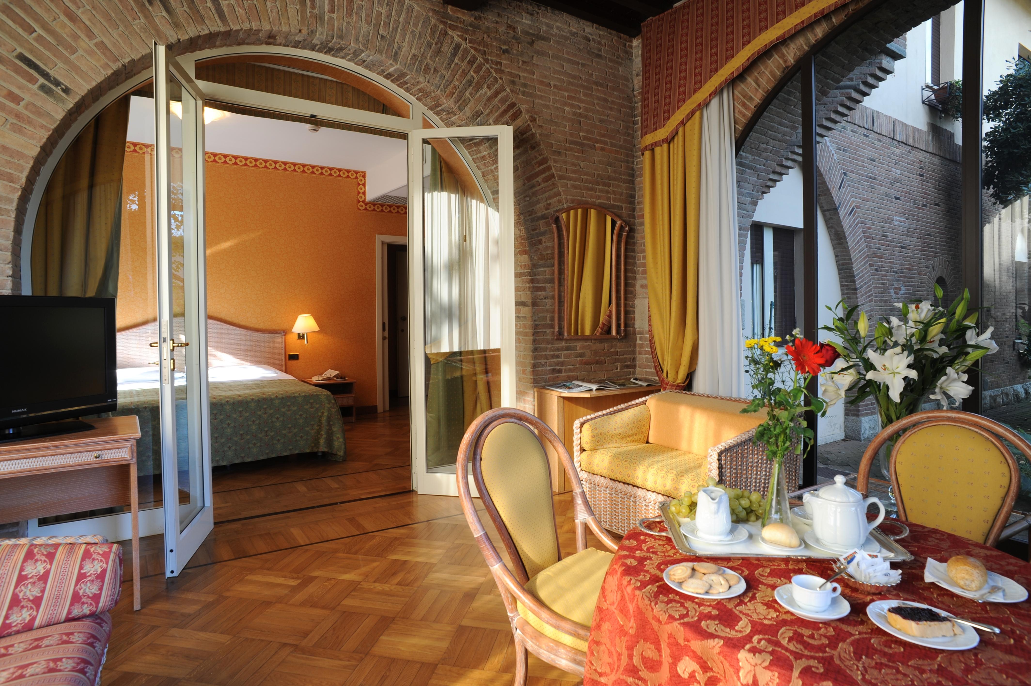 Suite torre park hotel villa ariston - Bagno ariston lido di camaiore ...