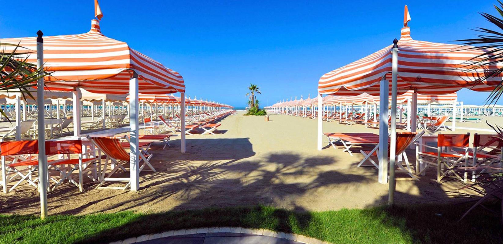 La spiaggia park hotel villa ariston - Bagno ariston lido di camaiore ...